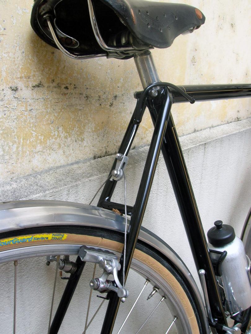 ebykr-1951-rene-herse-concours-randonneur-brakes-saddle
