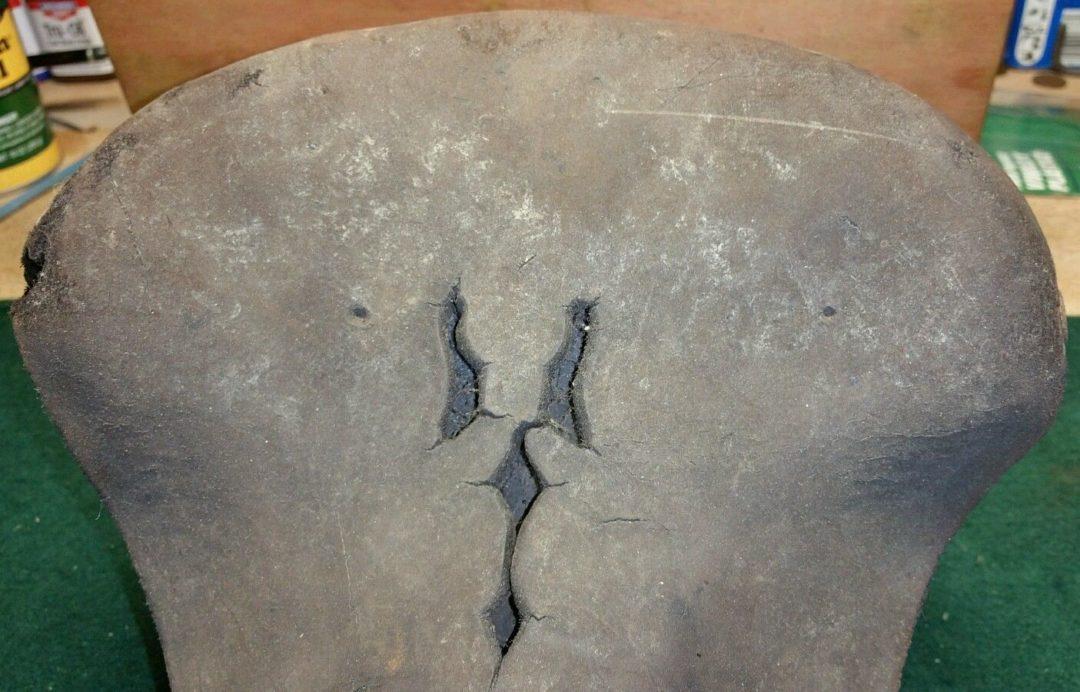 ebykr-brooks-challenge-saddle-top (Brooks England: The Eternal One)