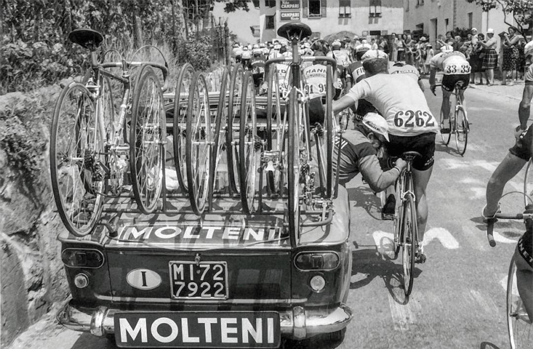 ebykr-ernesto-colnago-race-repair-molteni-team-car (Ernesto Colnago Photo Gallery)